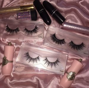 Factory Price Premium Individuals Eyelash Private Packaging