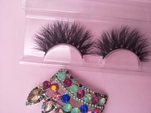 Be the best eyelash vendor3